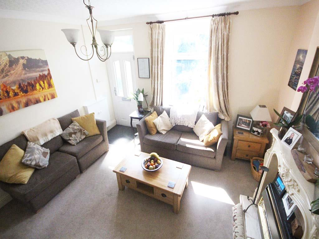 2 bedroom end terrace house For Sale in Winewall - IMG_7305.jpg
